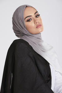 Rayon Modal Total Eclipse Ombre Hijab