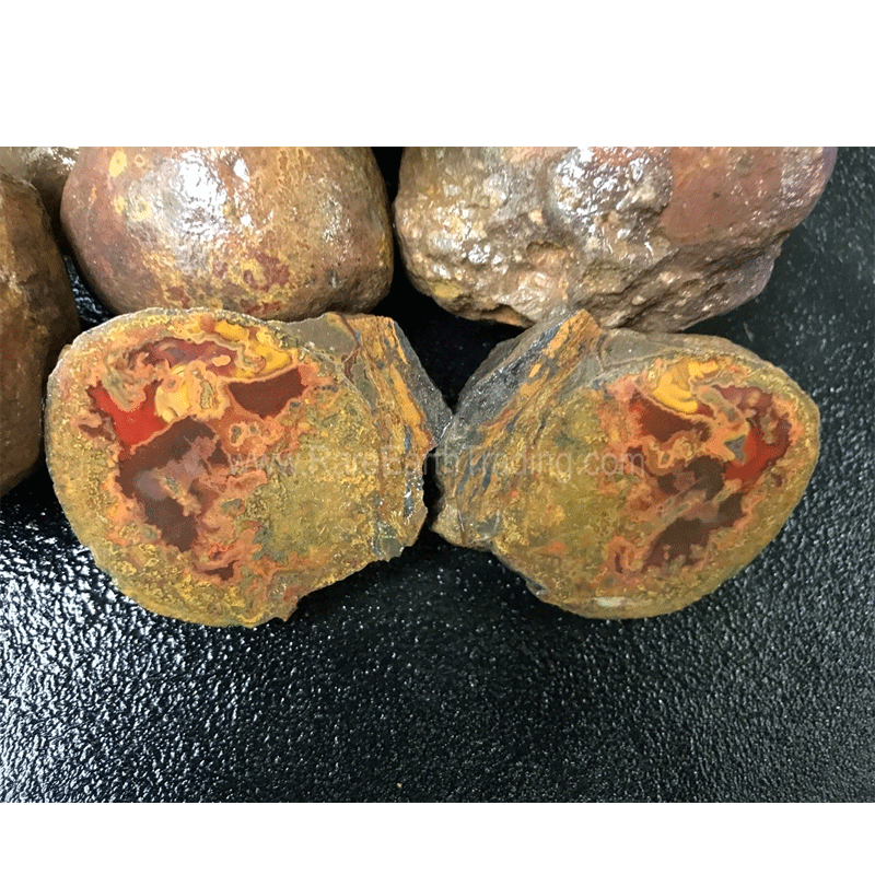 Liu Da Wan-High Class Mine Chinese Agate. Whole nodules for cutting collectors specimens. No longer being mined so what we have in stock will probably be the last of what is available.(by the pound)