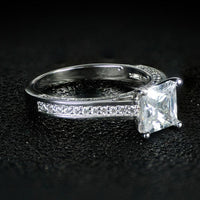 925 Sterling Silver Wedding/Engagement Ring Princess