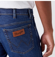 Load image into Gallery viewer, WRANGLER TEXAS AUTHENTIC STRAIGHT DENIM JEAN