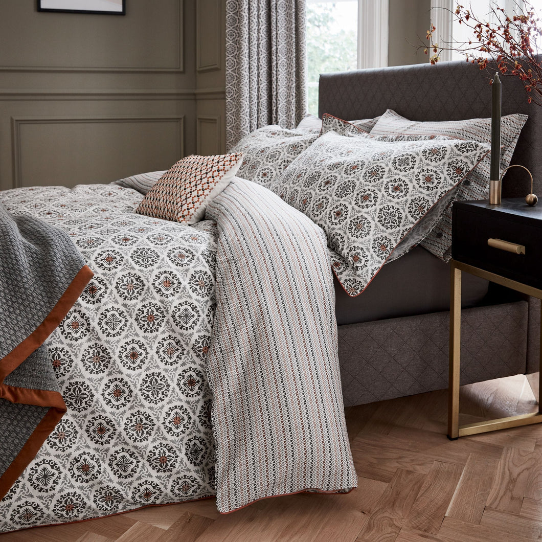 BEDECK OF BELFAST DOUBLE DUVET COVER
