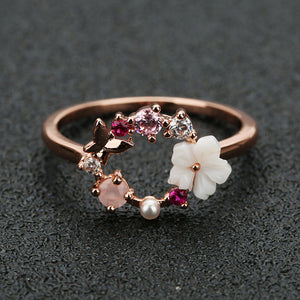Creative Ring Mixture Between Butterfly And Flowers, Crystal Finger Wedding Rings for Women Rose Gold.