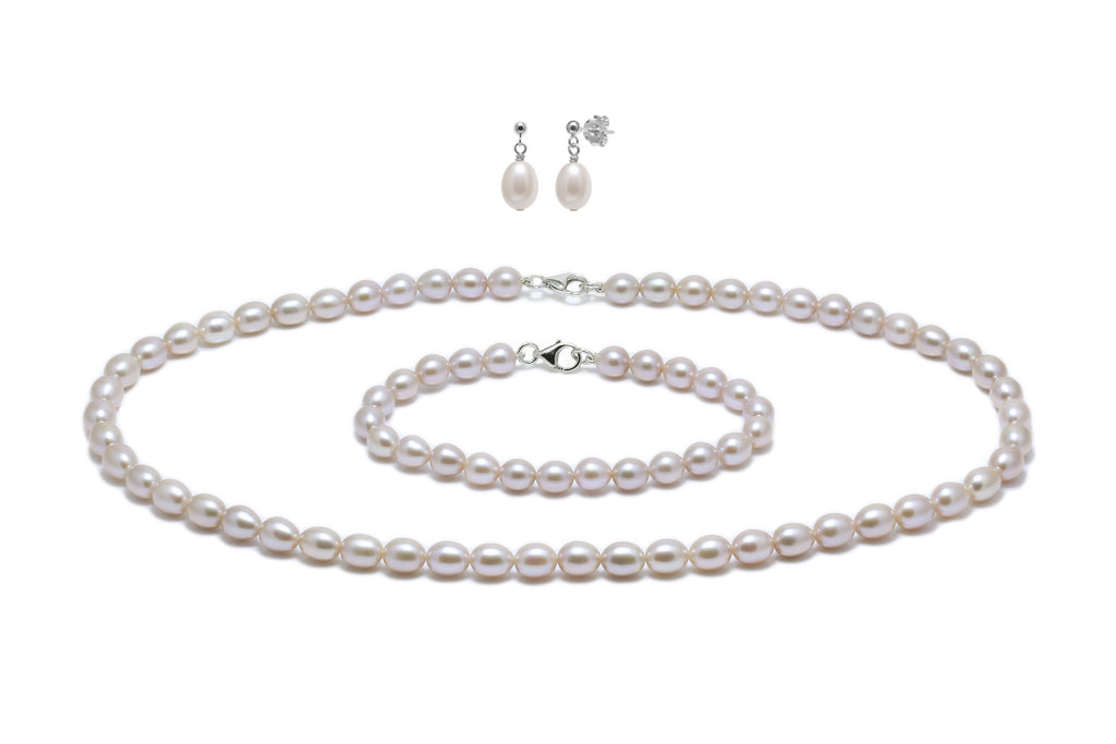 Pink barrel-shape cultured river pearl set (necklace, bracelet and earring drops) on silver fittings