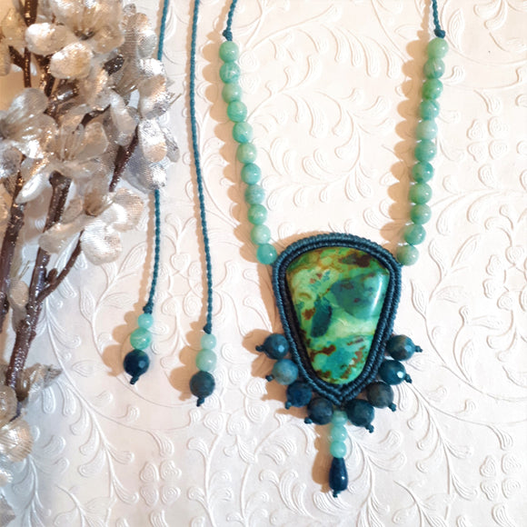 Pendent Necklace - Primaverde Turquoise cabochon, Apatite and Amazonite beads