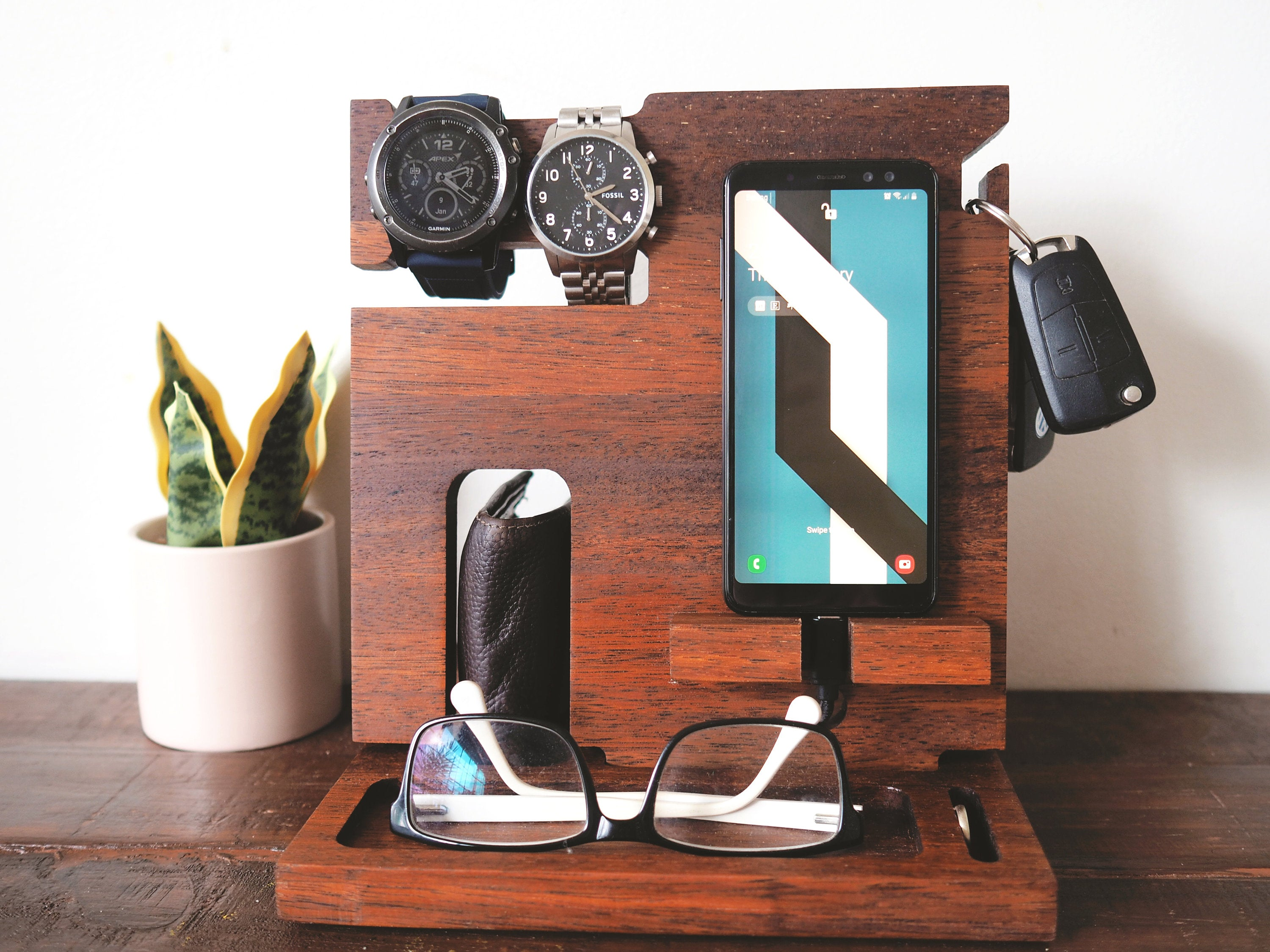 Compact Docking Station (Merbau)