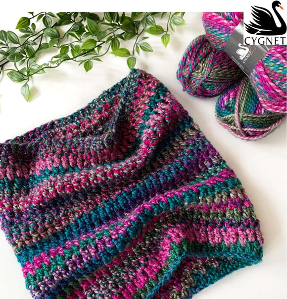 Cygnet Boho Chunky - Simple Stripes Cowl (Crochet)