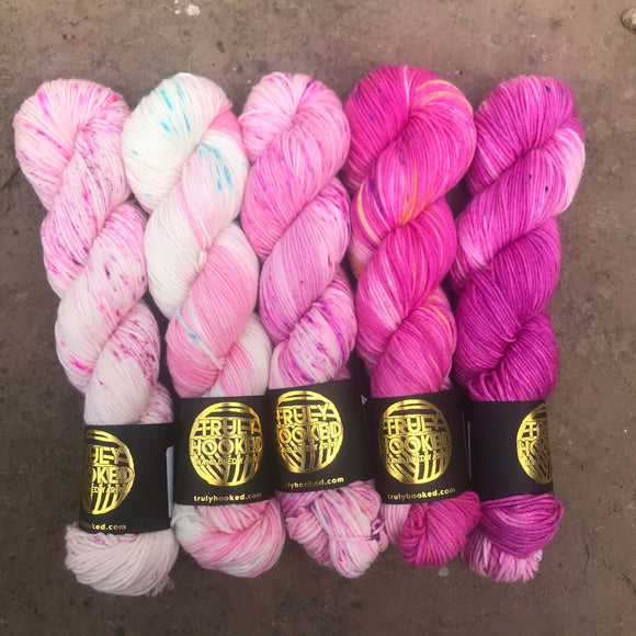 Truly Hooked - Pink Fade Set 5 skeins