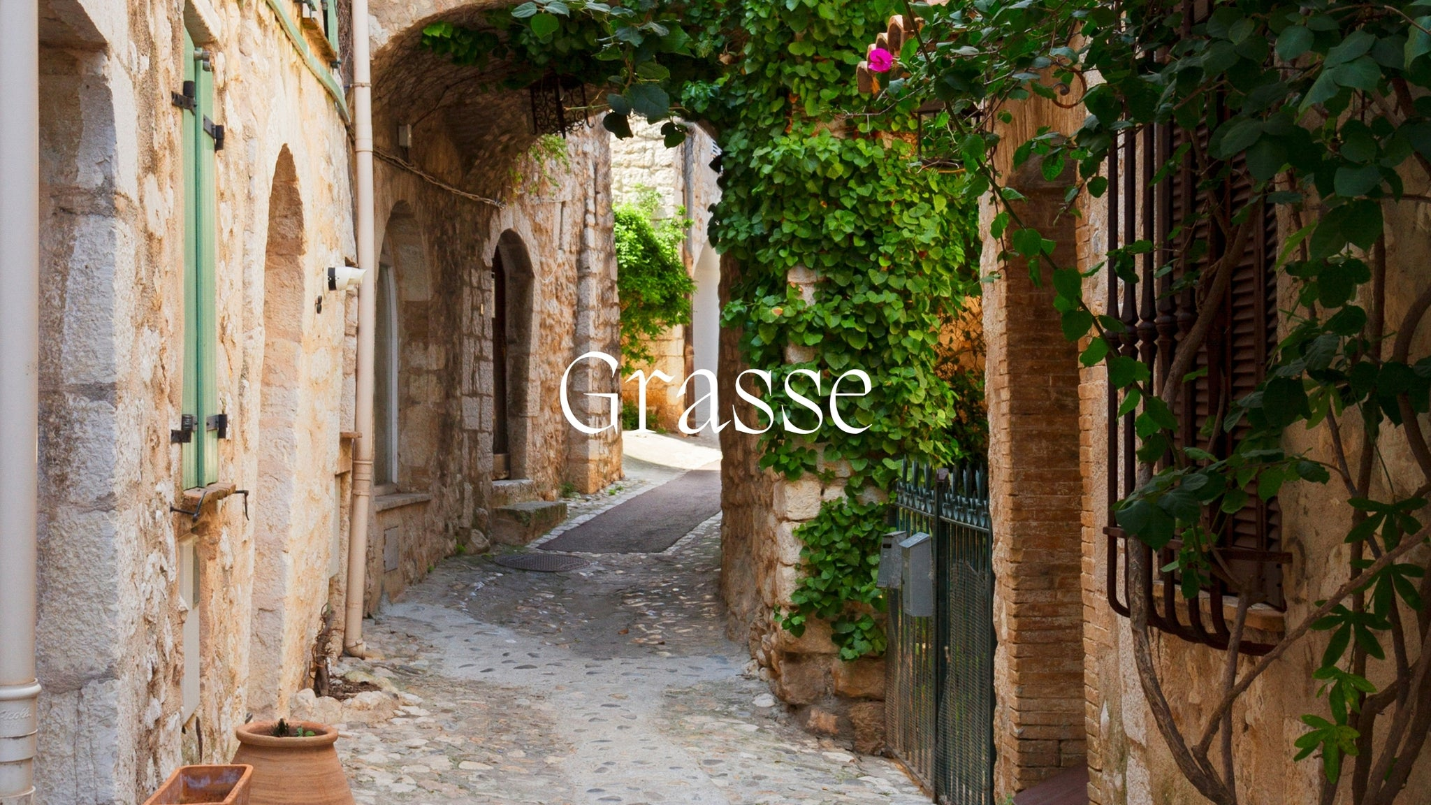 image of the streets of Grasse with the name written on it