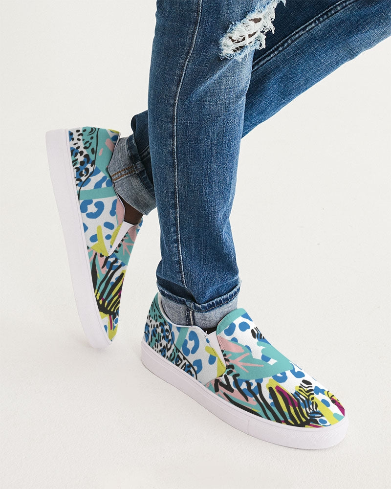 Mix features Slip-On