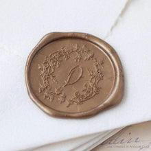 Load image into Gallery viewer, Arbor Wreath Single Initial Wax Seals designed by Plume Calligraphy - Pack of 50