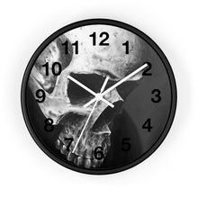 Load image into Gallery viewer, Skull clock