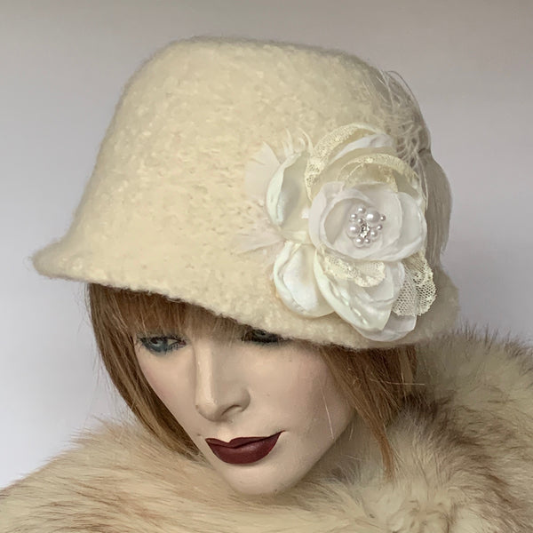 The British Hat Lady Short Regular Hat Winter White Wool