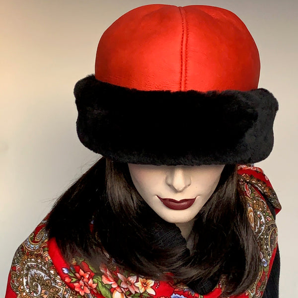 Sheared Comfort Sheepskin Ollie Hat Red and Black