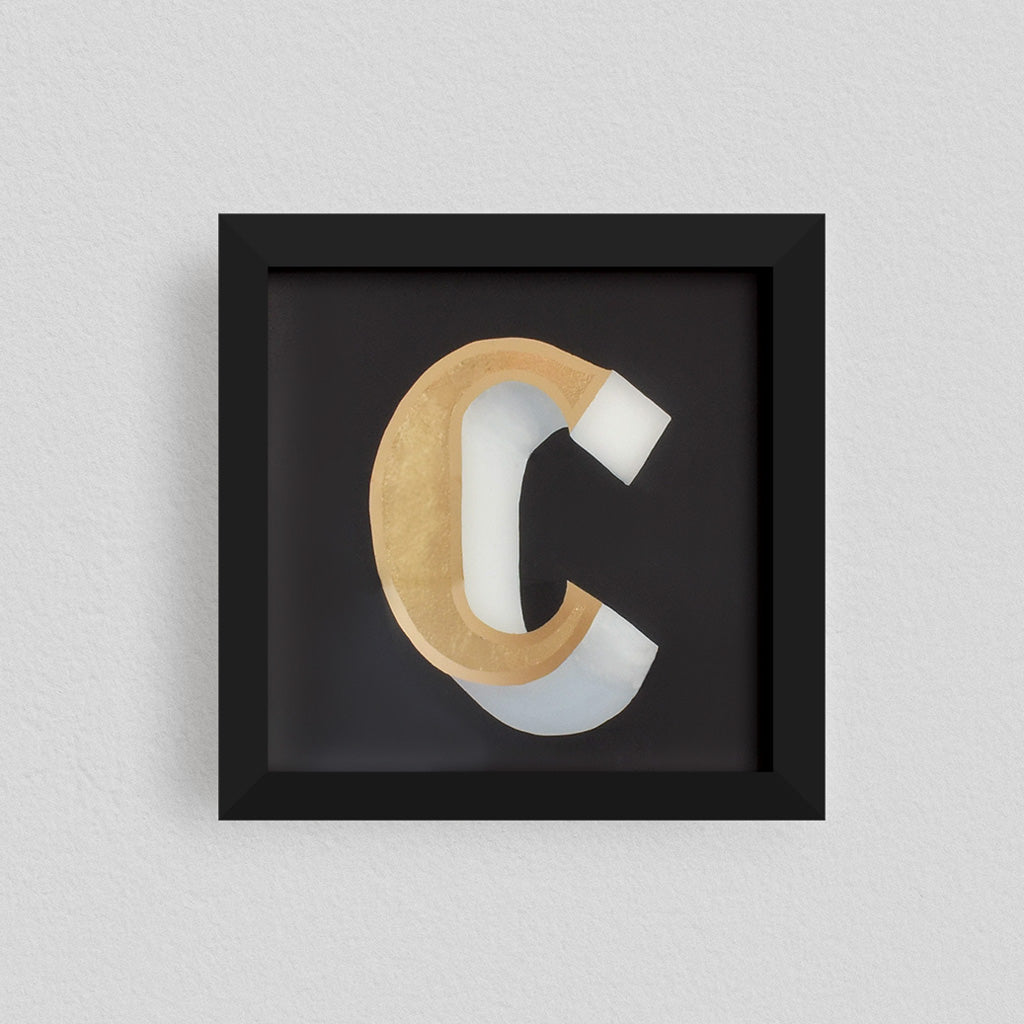 Personalized Gilded Glass Letter – Style 3