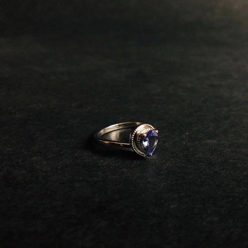Teardrop Tanzanite Stone in Beautiful Silver Ring