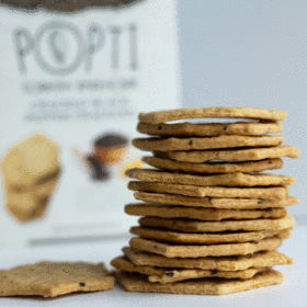 Popti cracked black pepper biscuits (110g) - Guzzl
