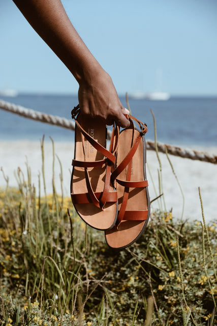 Greek_leather_sandal_Rena_cognac