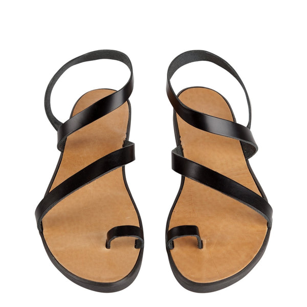 Black leather sandals | Yoko