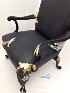 Luxurious Large Lady in Black Armchair - Furniture MaRiTama HOME