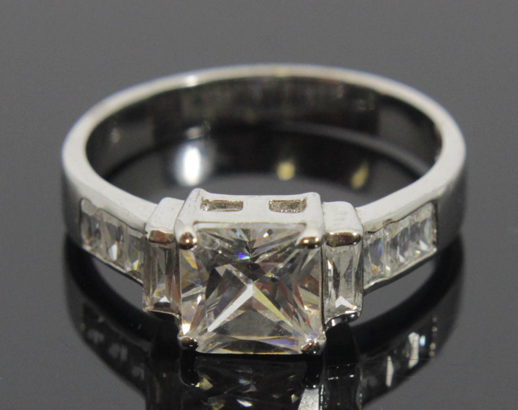 Sterling Silver Diamond Square CZ Ring Size 8