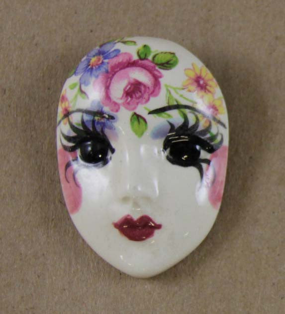 Button Cover, Porcelain Face Flowers