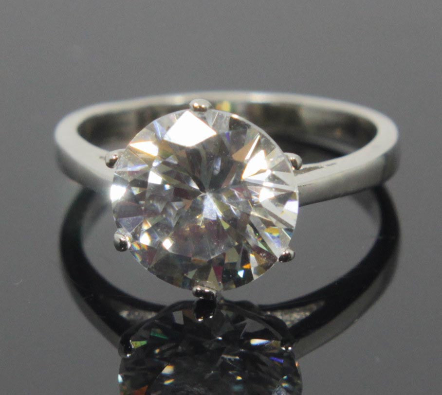 Sterling Silver Diamond Zirconia Ring Size 8.5