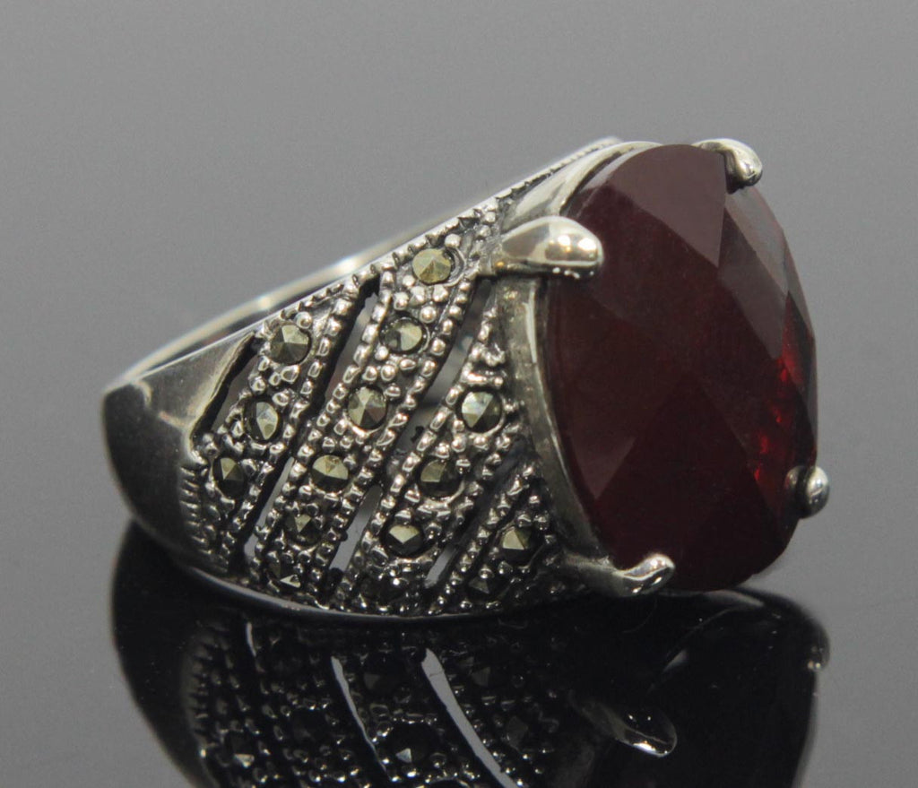 Sterling Silver Garnet Marcasite Ring Size 8