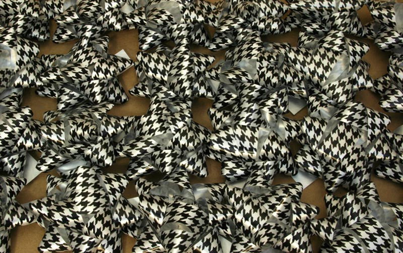 Houndstooth Gift Bows - 36 bows