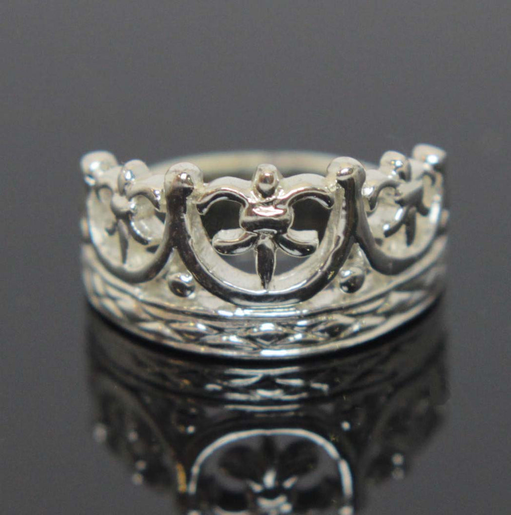 Crown Ring Sterling Silver Size 5.5