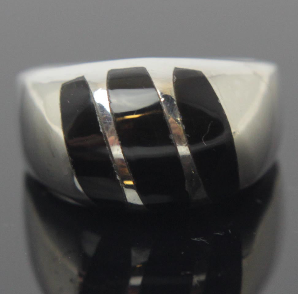 Sterling Silver Onyx Ring Size 9