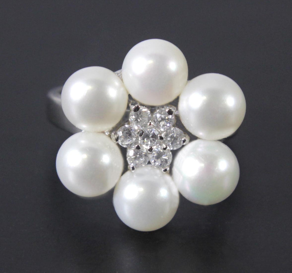 Sterling Silver Pearl & Zirconia Ring Size 7
