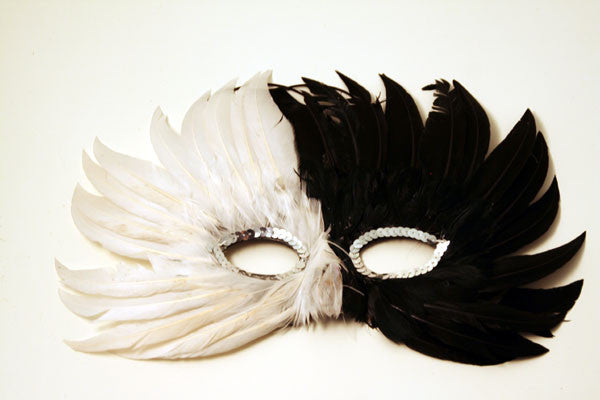 Feather Mask Black & White