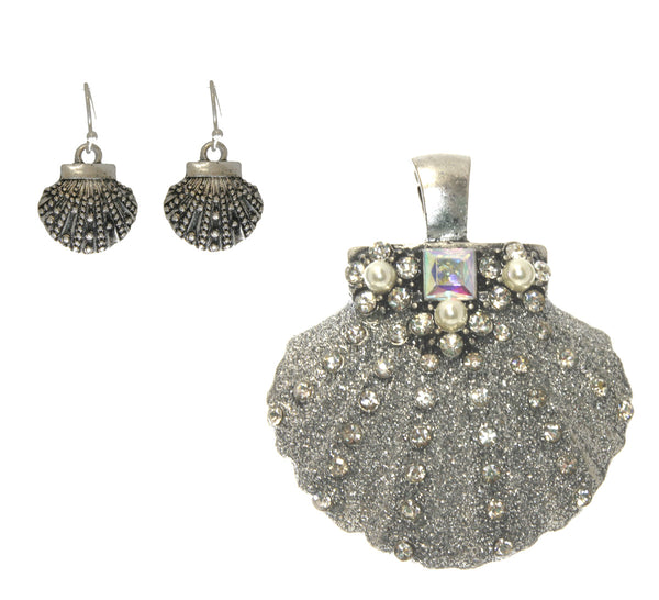 Shell Pendant & Earring Set