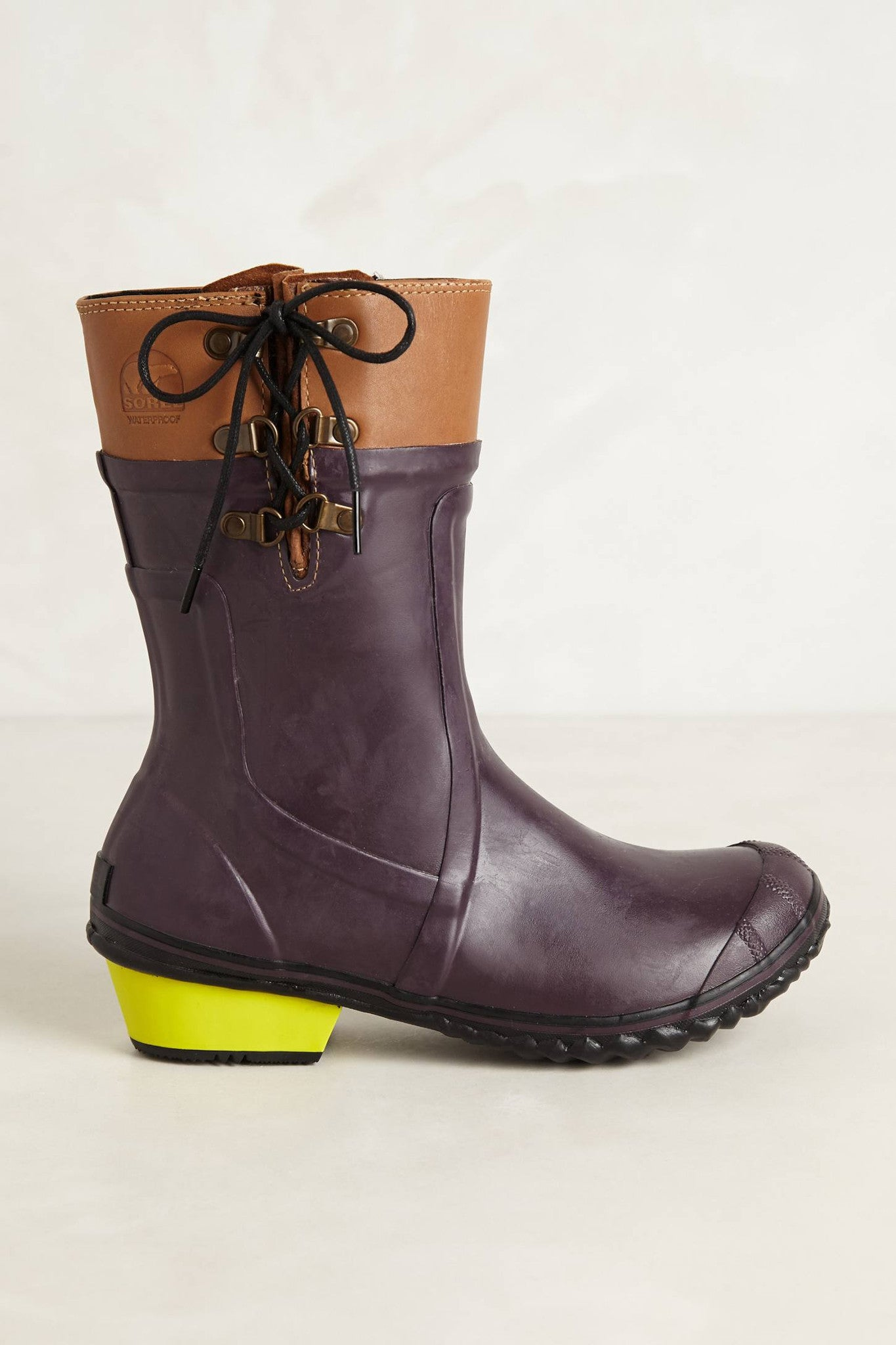 Conquest Carly Glow Boots