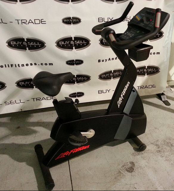 Life Fitness 9500HR Next Generation Upright Bike  - Serviced & Reconditioned - Buy & Sell Fitness