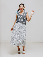 dot print cotton skirt and flower print top woman