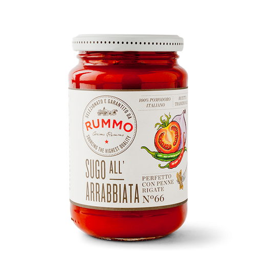 An irresistible combination of onion, hot peppers and 100% Italian tomatoes, blended and balanced to please those pasta lovers who prefer their sauces on the spicy side.