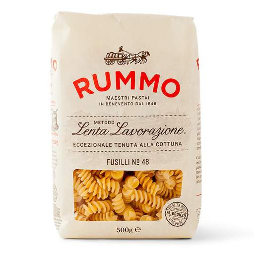 Fusilli is a typical pasta shape of southern Italy, where the name and precise shape of the sauce-catching spirals vary from region to region according to local tradition. Delightful to eat and extremely versatile.