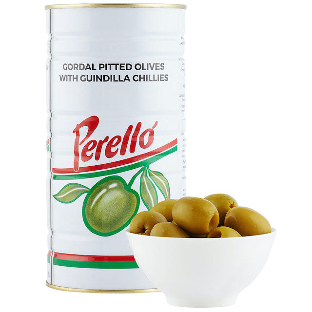 Typical of Seville, these olives are mainly consumed as table olives. Big, pitted and with a spicy touch.  Ideal for appetisers served with jamón ibérico and cured sheep cheese.