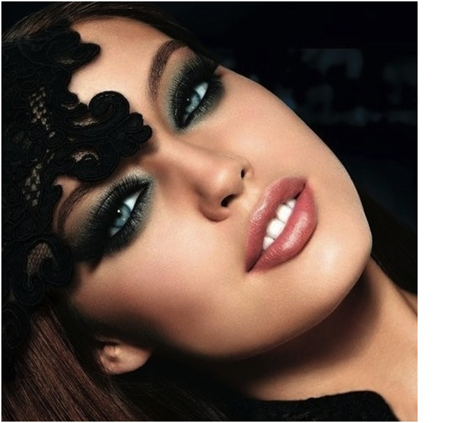 Top 10 Makeup Looks For Blue Eyes My Make Up Brush Set