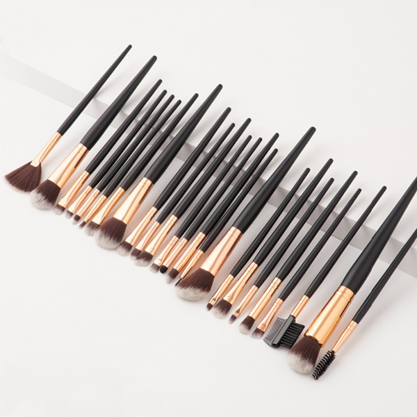 24 Piece Pro Black Brush Set