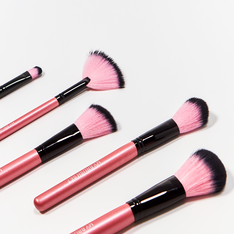 24 Piece Hot Pink Brush Set