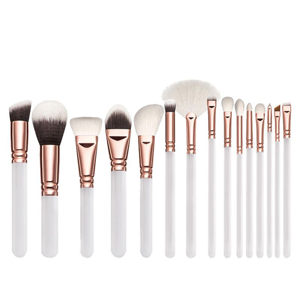 15 Piece Classic Babe Brush Set