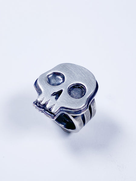Chunky sterling skull ring