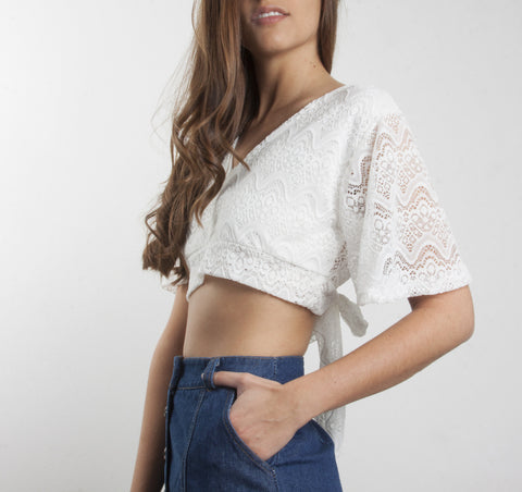 Crop top crochet detalle nudo