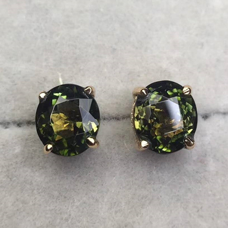 18k gold 1.8ct natural green tourmaline stud earring