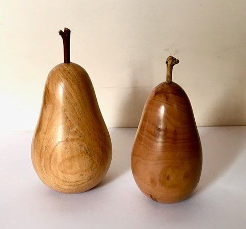 Solid Applewood Pears w/ Branch Stems