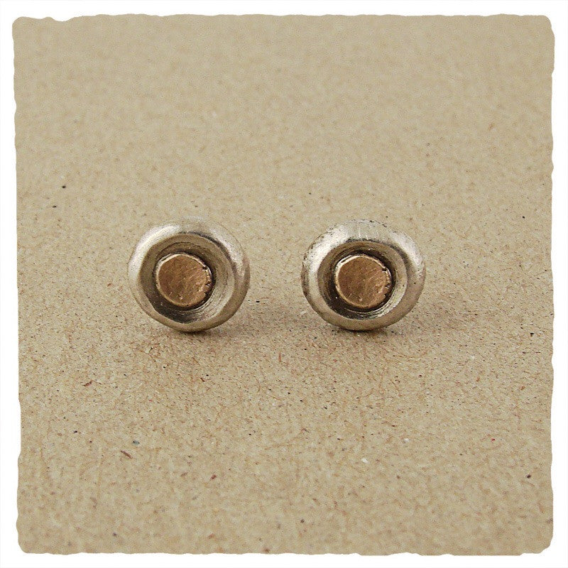 Sterling pebble and 14k gold stud earring by Ian Gibson
