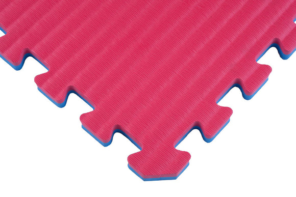 Close Up of Foam Interlocking Tatami Tiles