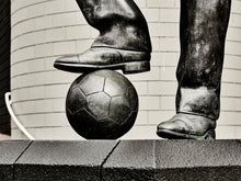 Load image into Gallery viewer, Bobby Robson Statue